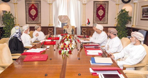 مجلس جامعة السلطان قابوس يعتمد سياسة التقييم الذاتي ويناقش استحدات الأستاذية الفخرية