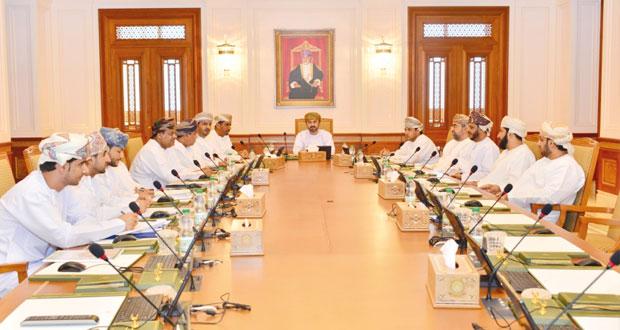 """مكتب """"الشورى"""" يناقش المواضيع والأدوات الرقابية المقدمة من أعضاء المجلس وردود الجهات المختصة بشأنها"""