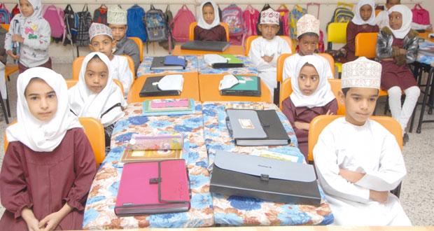 35.1 % نسبة الأطفال العمانيين من سن (0-14)