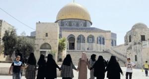 الاحتلال ومستوطنوه يواصلون إرهابهم ضد (الأقصى) .. وإبعاد 4 فلسطينيين