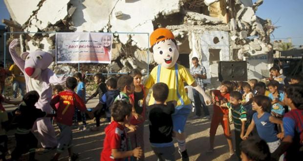 (الجدار العنصري) يصل (بيت جالا) وتلويح فلسطيني بـ (الجنائية)