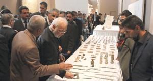 العراق يحتفل بعودة مئات من القطع الأثرية ويناشد العالم المساعدة