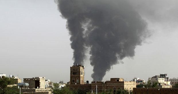 اليمن: طيران التحالف يكثف غاراته وسط غموض حول الهدنة