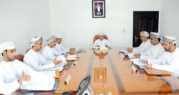 اللجنة العليا لانتخابات أعضاء مجلس الشورى للفترة الثامنة تعقد اجتماعها الرابع