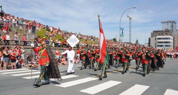 موسيقى الجيش السلطاني العماني تواصل مشاركتها في مهرجان التاتو بكندا