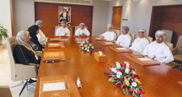 مكتب مشروع جامعة عمان يدشن برنامج المستكشف الناشئ