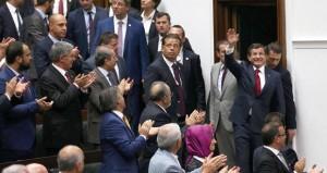 تركيا: مواجهة (داعش) و(الكردستان) على طاولة البرلمان واعتقال المئات في إطار الحملة