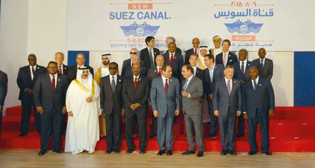 """مصر تدشن """" قناة السويس الجديدة """" وسط حضور عدد من قادة دول العالم"""