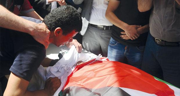 فلسطين: الدوابشة الأب يحلق برضيعه والمجرم يعربد بالضفة وغزة