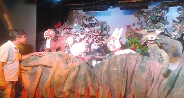 المسرحي السوري مأمون الفرخ: مسرح العرائس ركن أساسي في حياة الطفل لاعتماده على الدمى التي ولدت معه