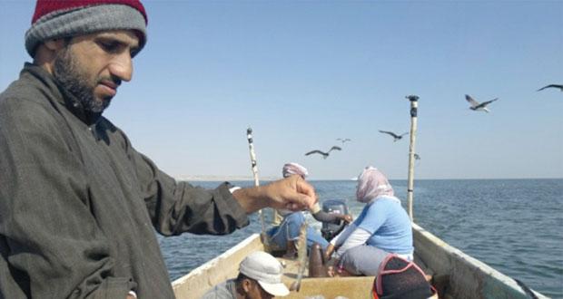الصياد الحرفي.. دور اقتصادي متواصل ومساهمة كبيرة في الإنتاج السمكي