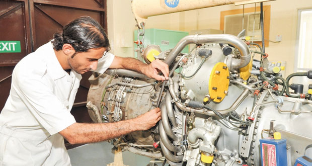 أكثر من 206 آلاف عماني مؤمن عليهم بالقطاع الخاص بنهاية يوليو