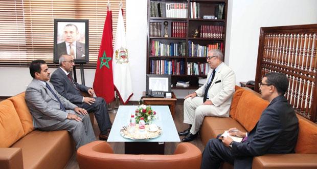 مدير عام وكالة المغرب العربي للأنباء يستقبل وفد وكالة الأنباء العمانية