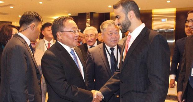 وفد من اللجنة الوطنية لحقوق الإنسان يلتقي رئيس منغوليا