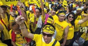 ماليزيا: الآلاف في الشوارع للمطالبة بإصلاحات واستقالة رئيس الوزراء