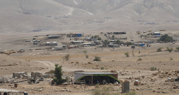 """عشرات الفلسطينيين بـ """"يافا"""" ينتفضون ضد مخططات التهويد"""