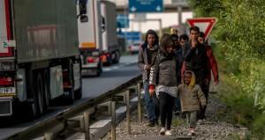 ألمانيا تبحث تعزيز حماية طالبي اللجؤ مع تصعيد متطرفي اليمين لدعوات التحريض