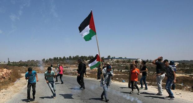إصابة عشرات الفلسطينيين عقب اقتحام الاحتلال للأقصى