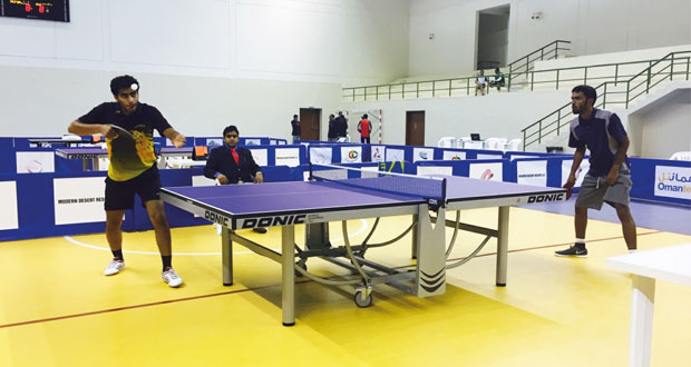 منافسات قوية في اليوم الأول لبطولة مهرجان صلالة لكرة الطاولة