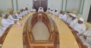 رئيس بعثة الحج العمانية يلتقي بأصحاب حملات الحج بجنوب الباطنة
