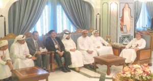 وزير الدولة ومحافظ ظفار يستقبل رؤساء الوفود المشاركة بالملتقى الخليجي العاشر للمكفوفين