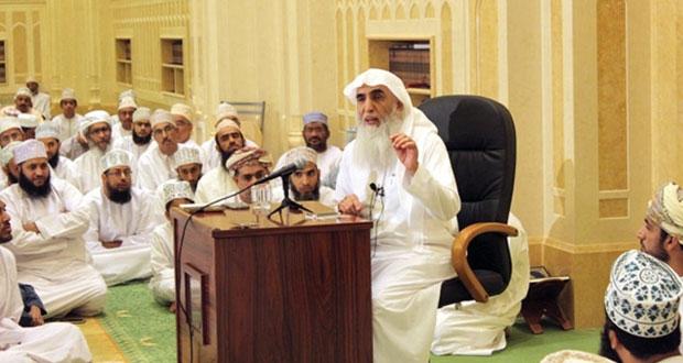 جامع السلطان تيمور بن فيصل بالسيب يستضيف الداعية خالد الجبير