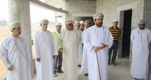 وزير الخدمة المدنية يزور مشروع المبنى الجديد لدائرة صندوق تقاعد موظفي الخدمة المدنية بظفار