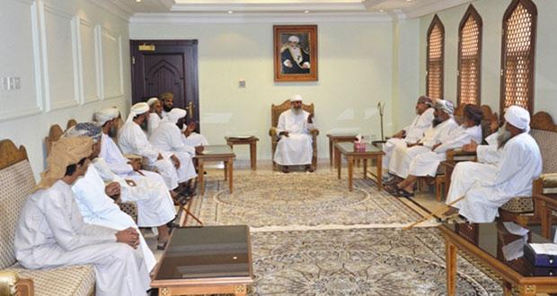 رئيس بعثة الحج العمانية يلتقي بأصحاب حملات الحج بمحافظات الظاهرة والبريمي ومسندم