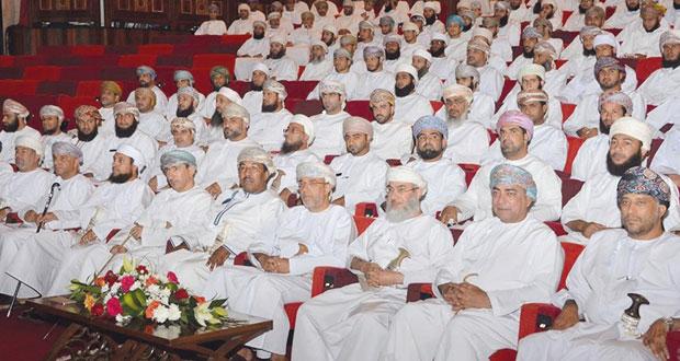 الريامي يفتتح الملتقى التربوي السادس للهيئة التدريسية والوظائف المرتبطة بها بمركز السلطان قابوس العالي للثقافة والعلوم