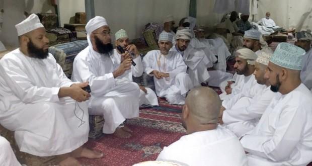 قائد بعثة الحج العسكرية يلتقي نائب رئيس بعثة الحج العمانية ومحاضرة دينية للبعثة