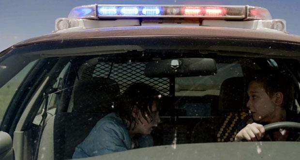 سيارة الشرطي .. تفكك مجتمعي وفساد أمني