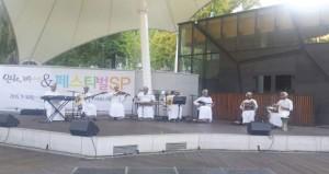 عازفو هواة العود ينشرون الفن العماني في مهرجان طريق الحرير كوريا الجنوبية