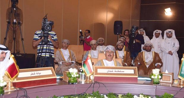 بمشاركة السلطنة.. مناقشة مسيرة العمل الخليجي المشترك بمجال القوى العاملة في قطر