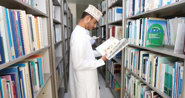 مكتبة المركز الوطني للاحصاء والمعلومات تضم أكثر من 3000 من الكتب والمراجع والدوريات والرسائل الجامعية