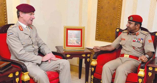 قائد الجيش يستقبل المستشار الخاص لوزارة الدفاع البريطانية ووفد كلية الدفاع الوطني البنجلاديشي