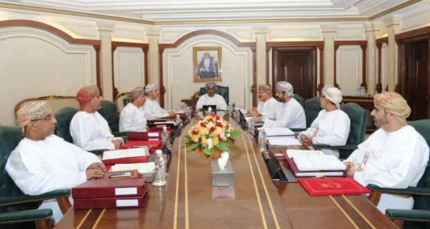 مجلس المناقصات يسند مشاريع وأعمالا إضافية بقيمة تزيد على 12 مليون ريال عماني