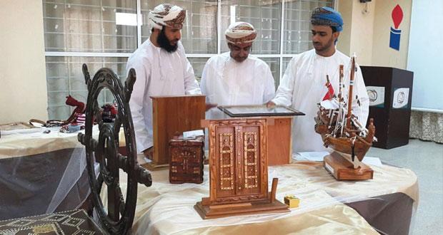 لجان مسابقة السلطان قابوس للإجادة الحرفية تبدأ أعمال التقييم المبدئي في المحافظات
