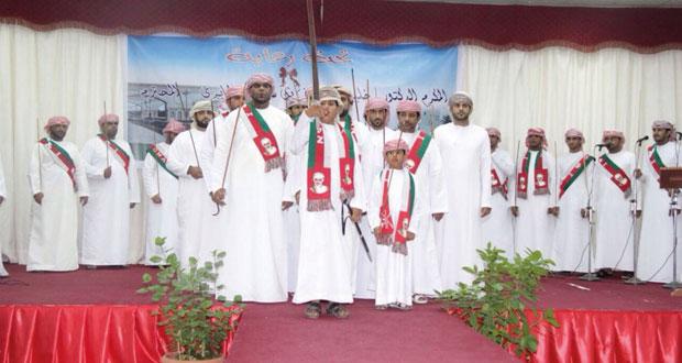 أهالي صحار يعبرون عن الحب والولاء للسلطان في ملتقى فرحة العيد