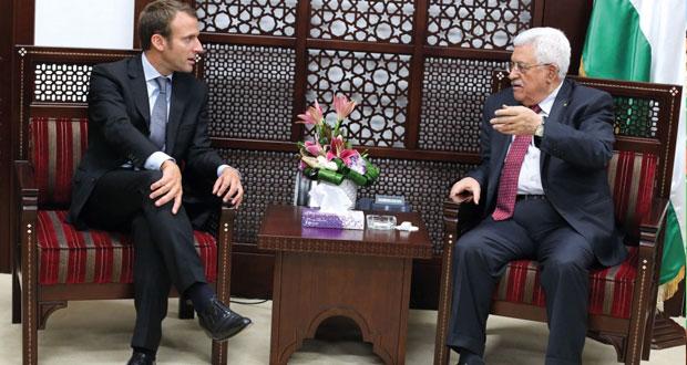 لقاء بين عباس وهولاند لبحث سبل تحريك عملية السلام