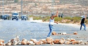 يوم غضب فلسطيني تنديدا بالعدوان الإسرائيلي على (الأقصى) .. إصابات في قمع الاحتلال للمسيرات