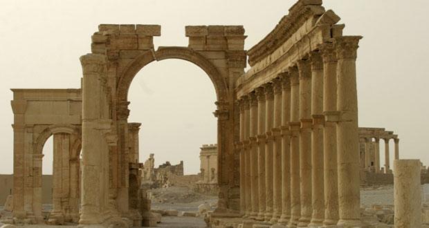 دمشق تؤكد أن محاربة الإرهاب أولوية ودي ميستورا يطرح مبادرة ثلاثية المراحل