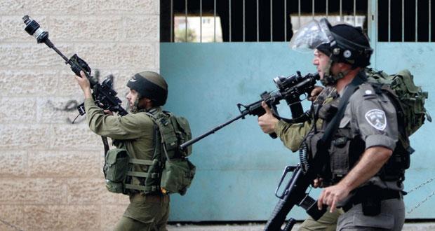 الاحتلال يمعن في استهداف المصلين بالأقصى ويشن سلسلة اعتقالات موسعة بالقدس