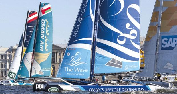طواقم قوارب عمان للإبحار بطموحات عالية وفي جاهزية تامة لحسم اللقب