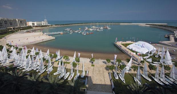 السلطنة تسضيف بطولة العالم النسائية لقوارب الليزر والتزلج على الأمواج بالمدينة الرياضية بالمصنعة