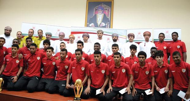 وزارة الشؤون الرياضية تحتفل بمنتخبي الشباب والناشئين فى كرة القدم