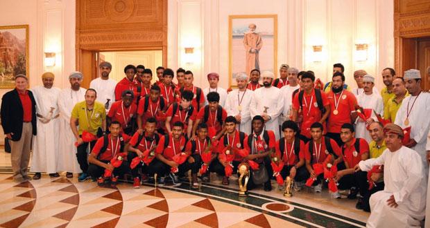 استقبال حافل بالورود لبعثة منتخبنا الوطني لشباب كرة القدم (أبطال الخليج)