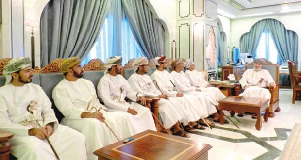 محافظ ظفار يلتقي أعضاء الشورى المنتخبين بولايات المحافظة