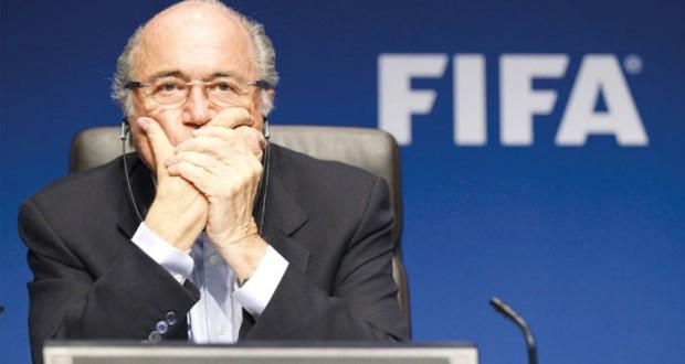 رئيس رابطة الدوري الألماني يشك في استقالة بلاتر