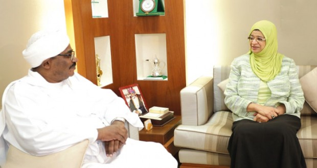 السلطنة والسودان تبحثان التعاون في المجال الزراعي والتعليم العالي