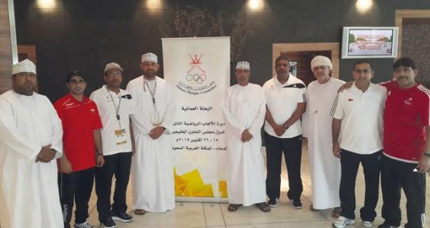 في دورة الألعاب الخليجية بالدمام وصول بعثات منتخباتنا الوطنية وغدا انطلاق مسابقات القدرة والهجن ورفع الأثقال